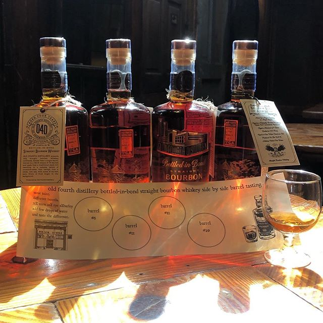 Start your weekend off right with a local @oldfourthdistillery Bottled In Bond Bourbon Whiskey Flight! Taste the differences in the barrels and how a drop of water opens up the whiskey. 🥃✨ #bottledinbond #bourbon #whiskey #atlantawhiskey #weloveatl #sidebyside #flight #supportlocal