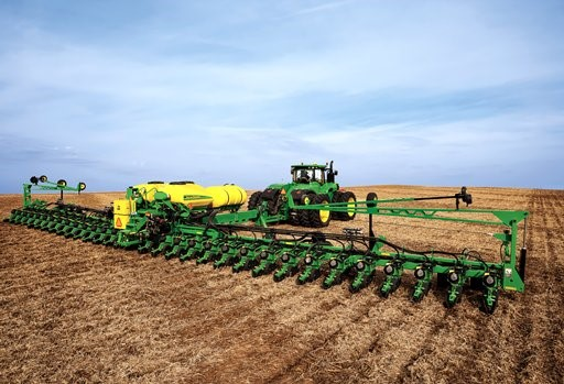 See why Dryland SA has the best performing deep furrow grain drill on the market.  Watch how well it clears the 85 bushel chem-fallow stubble in this You Tube Video  -    https://www.youtube.com/watch?v=iyRFpUZ116Q