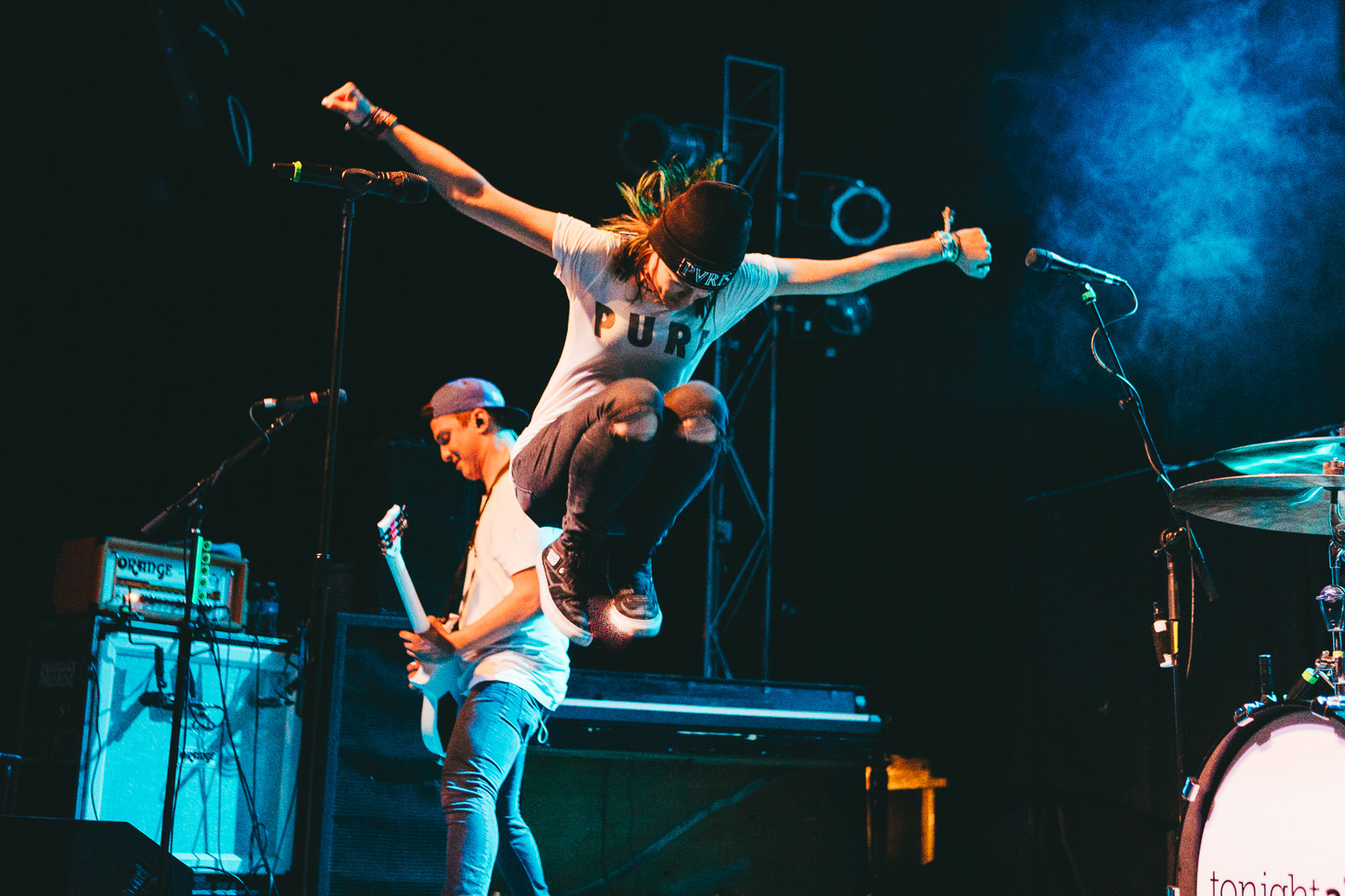 tonight alive-31.jpg