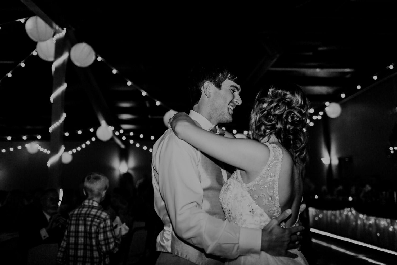 lincoln-nebraska-tara-nick-wedding (61 of 130).jpg