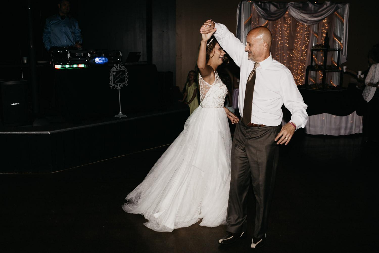 lincoln-nebraska-tara-nick-wedding (114 of 130).jpg