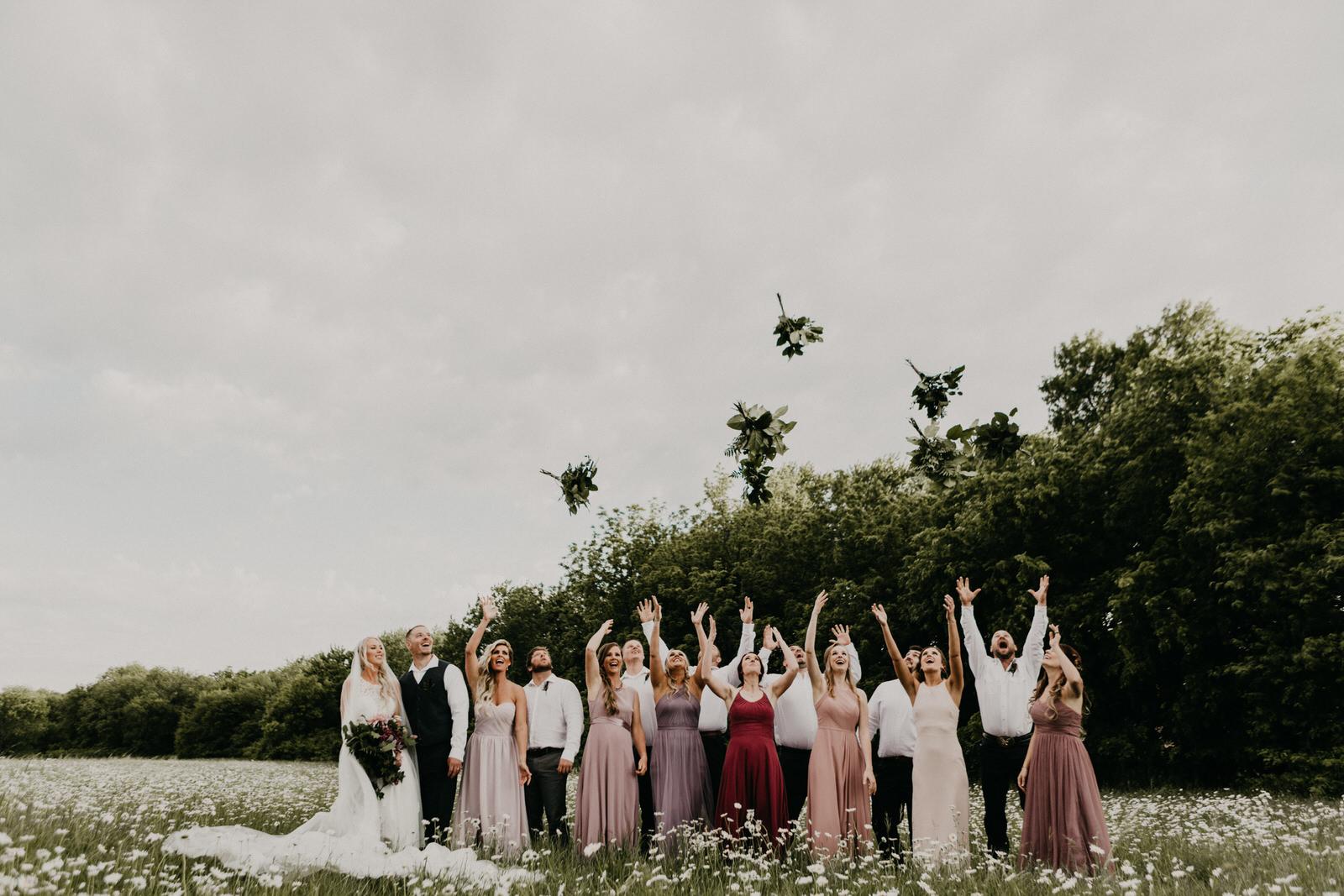 prairie creek inn wedding in omaha nebraska.jpg