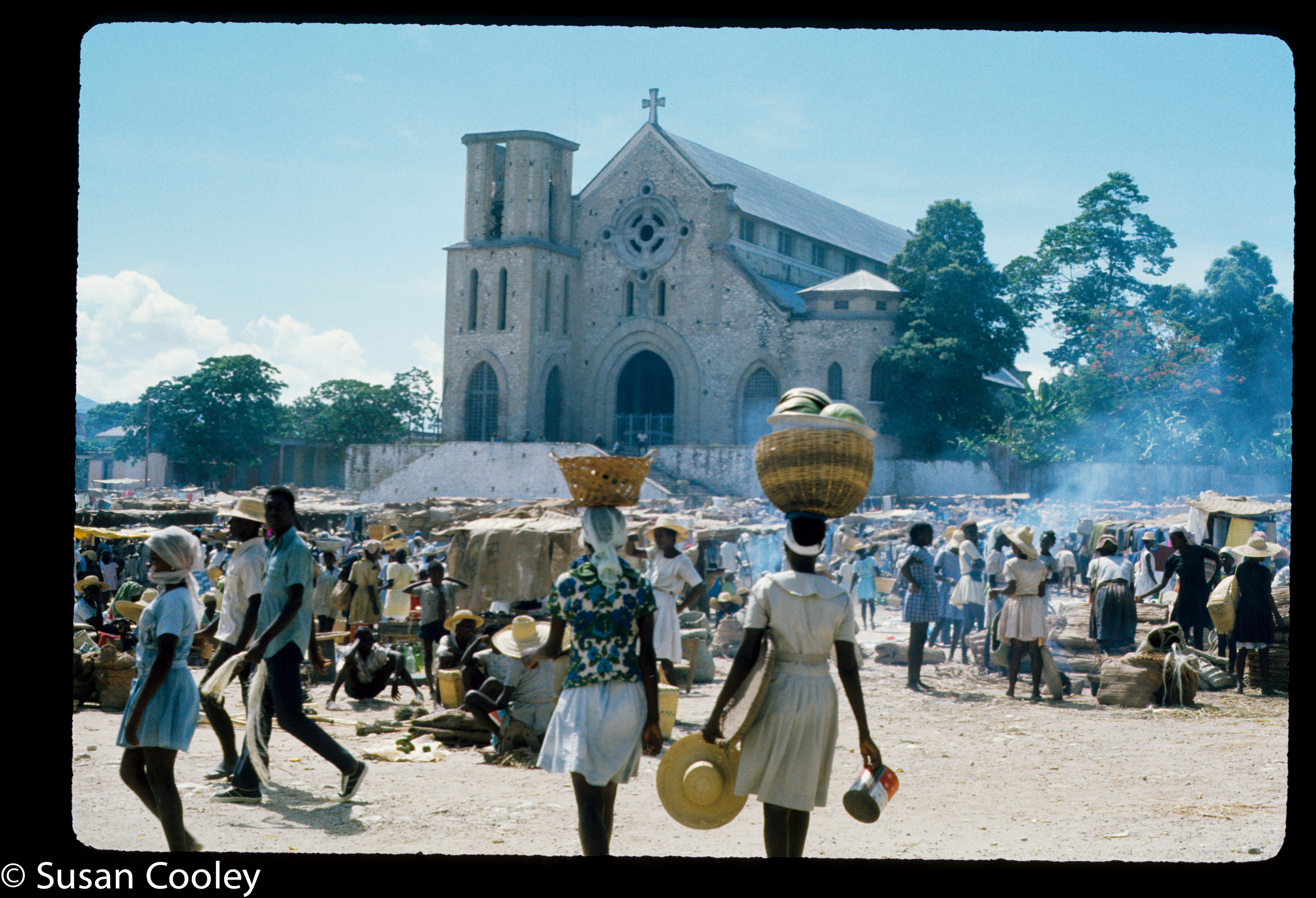 Petite Rivierre market day, Haiti, 1974