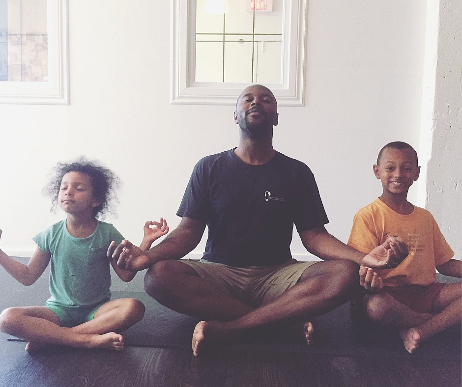 Family Yoga -