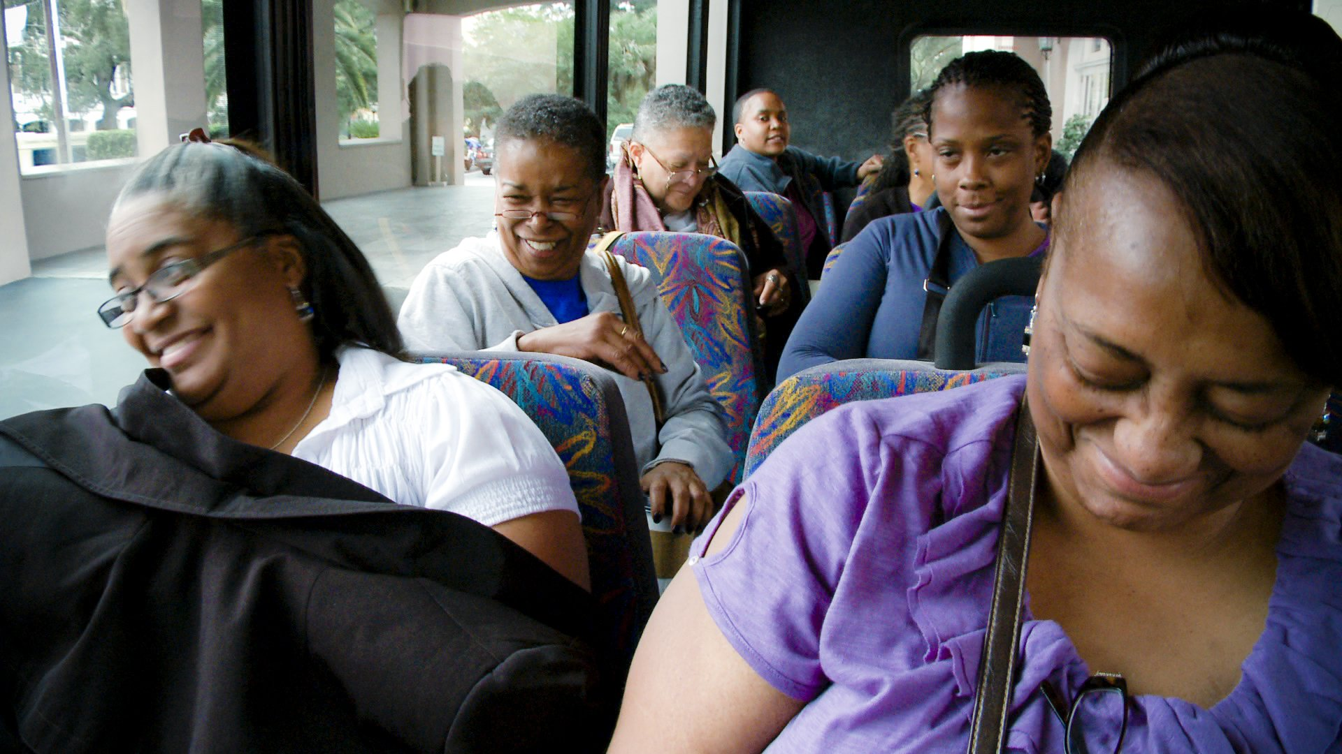 Beverly Jenkins on a trip with readers.jpg