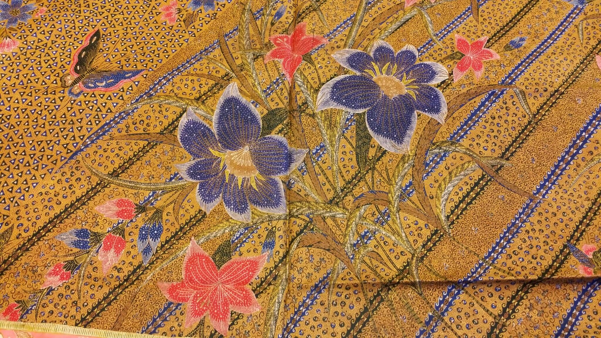 Indian Batik textiles 7.jpg