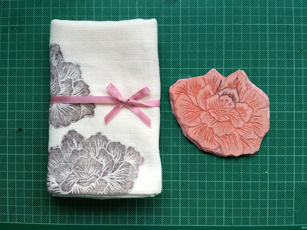 Printed hand towel with cut linoblock