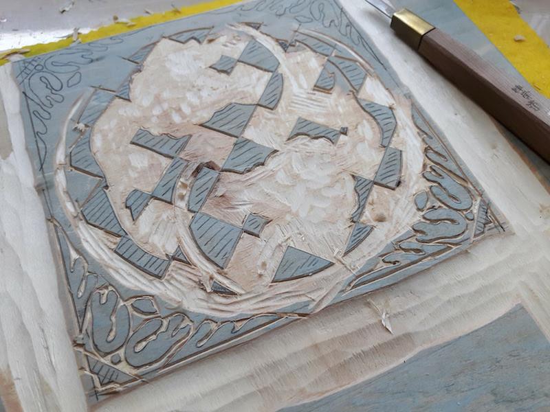 jennifer-lim-art-tile-trade-de-dijle-09-carving-close-up.jpg