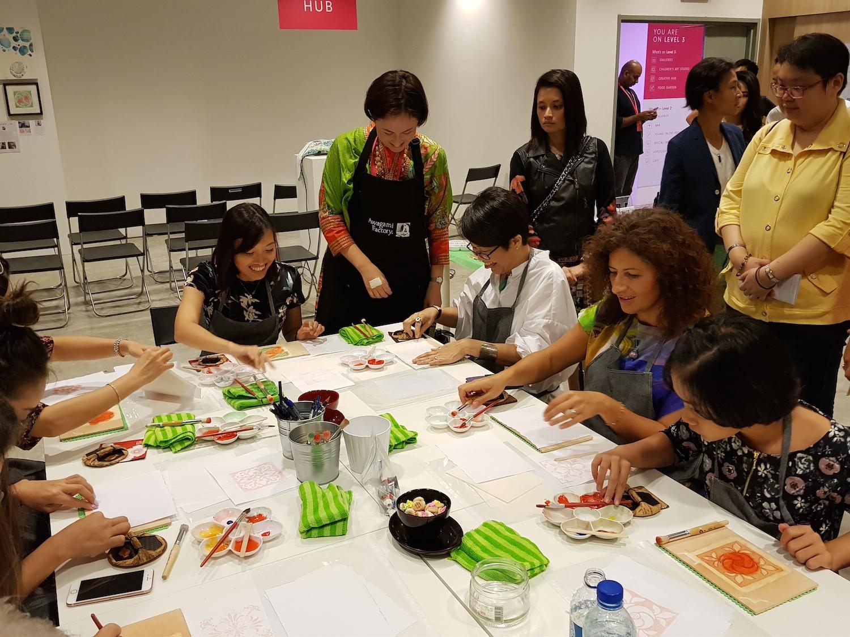 Teaching Japanese woodblock at the Affordable Art Fair, Singapore 2017