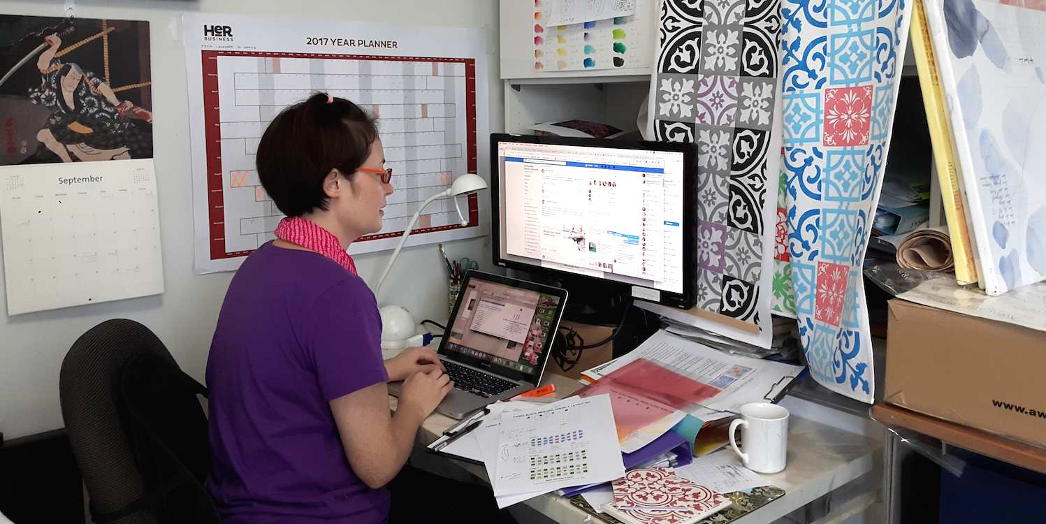 studio-computer .jpg