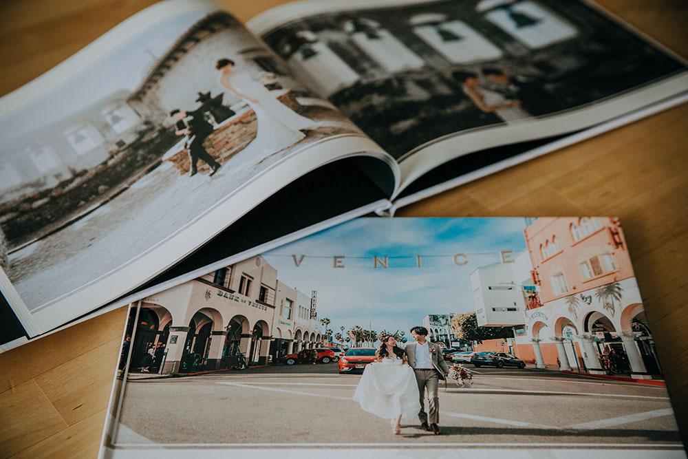 PhotoBook_001s.jpg