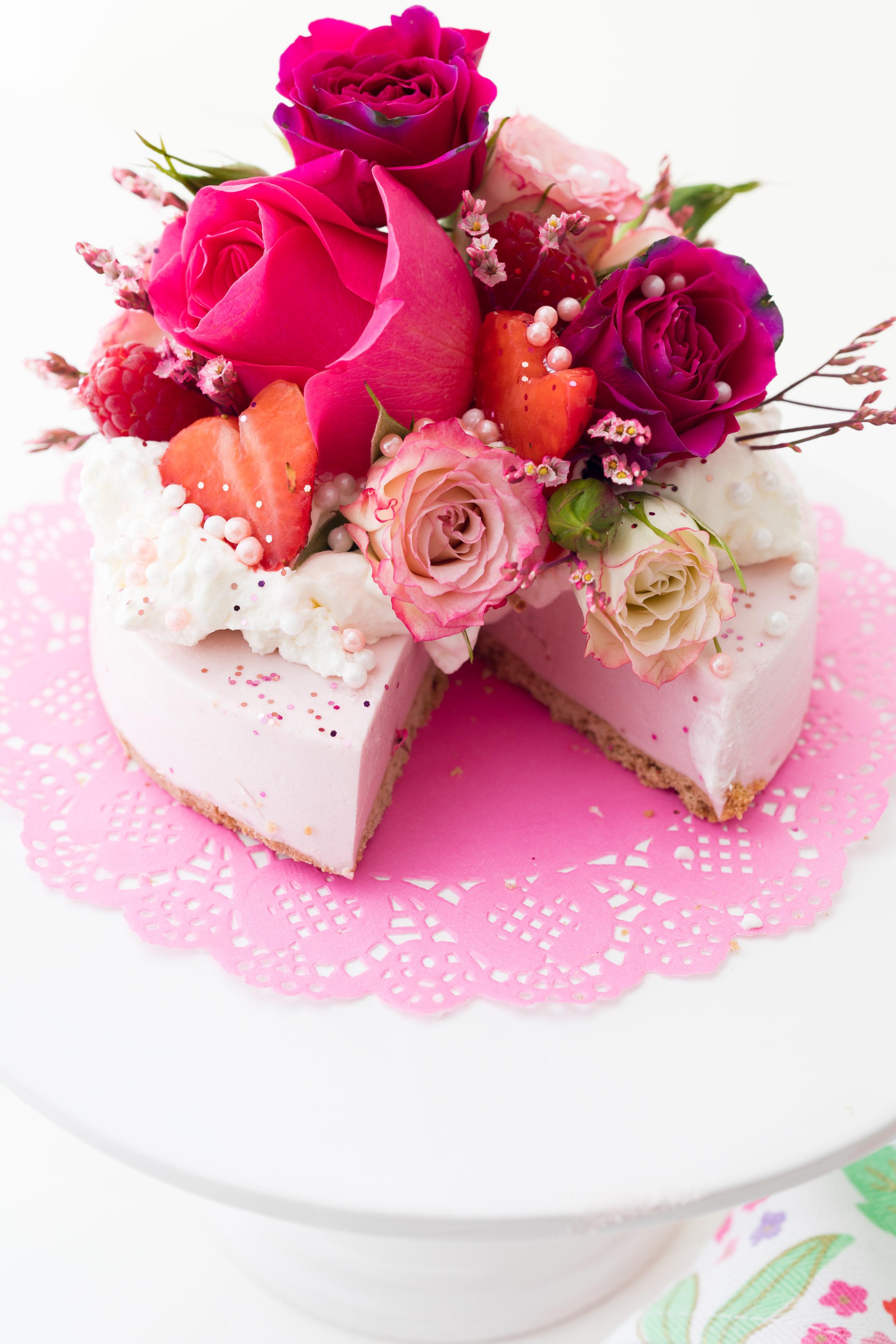 No Bake Strawberry Cheesecake 2.jpg