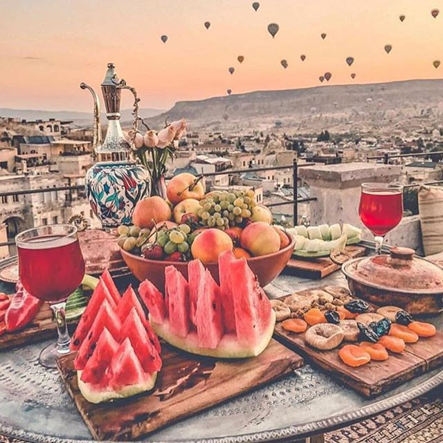I wouldn't mind waking up to this 🤷🏻‍♀️💃🏻😍 . . . 📸//@iamtravelr