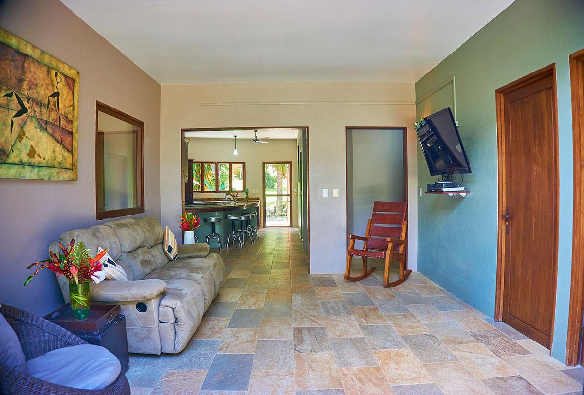 manoas-luxury-villas-casa-rio-living-2.jpg