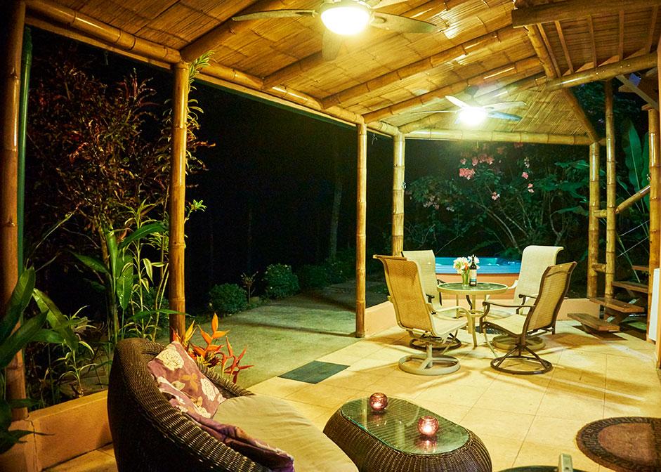 manoas-luxury-villas-colibri-patio-3.jpg