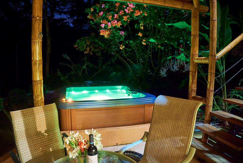 manoas-luxury-villas-colibri-patio-4.jpg