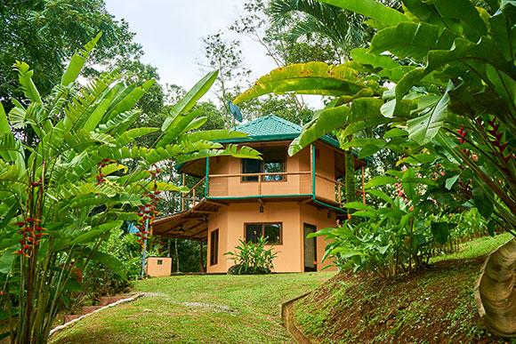manoas-luxury-villas-casa-heliconia.jpg