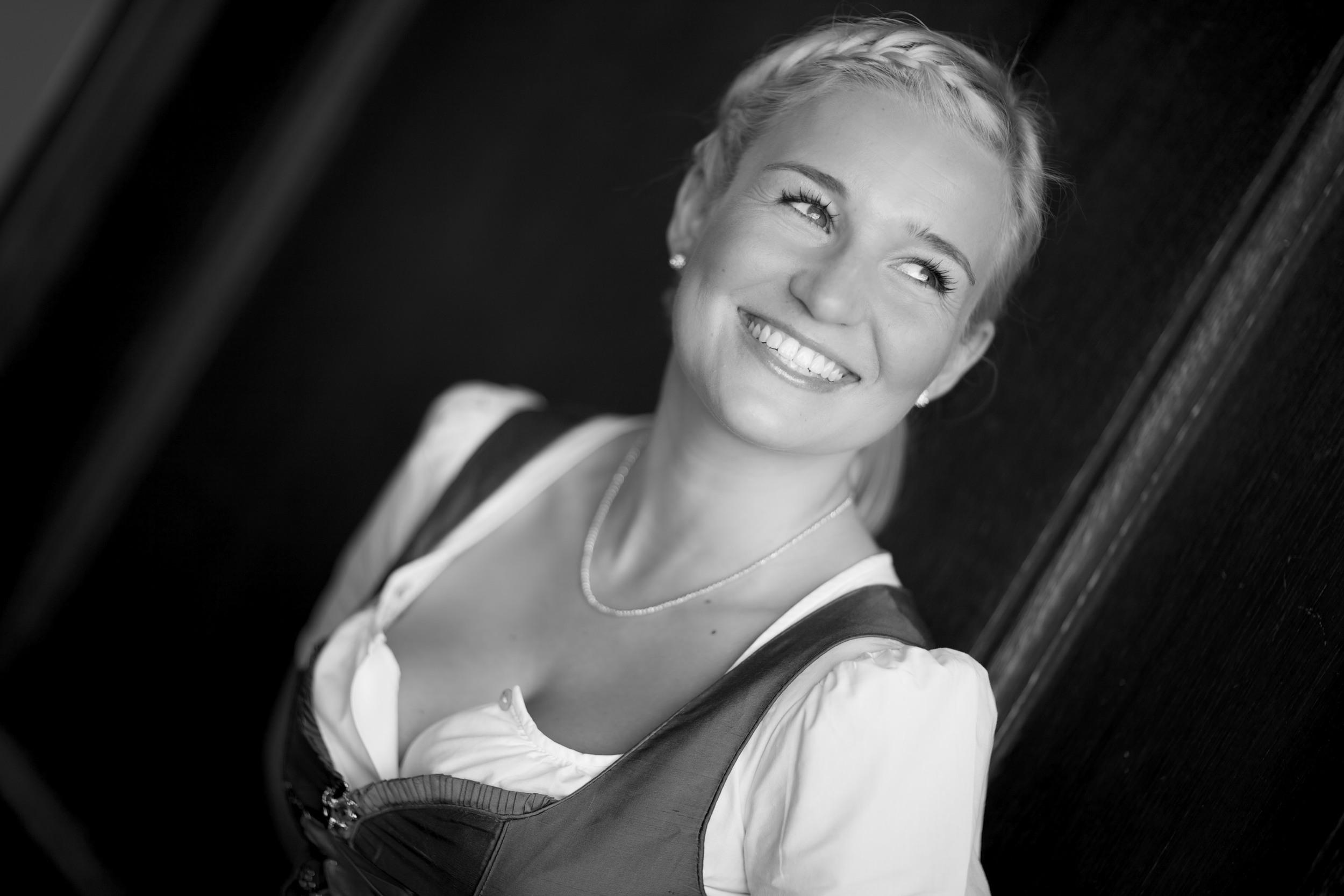 Fotograf Erding, Modefotograf Fotoshooting Fashionshooting, Beautyshooting, Fashionfotots und Breautyfotos in Landshut und München Gutschein für Frauen
