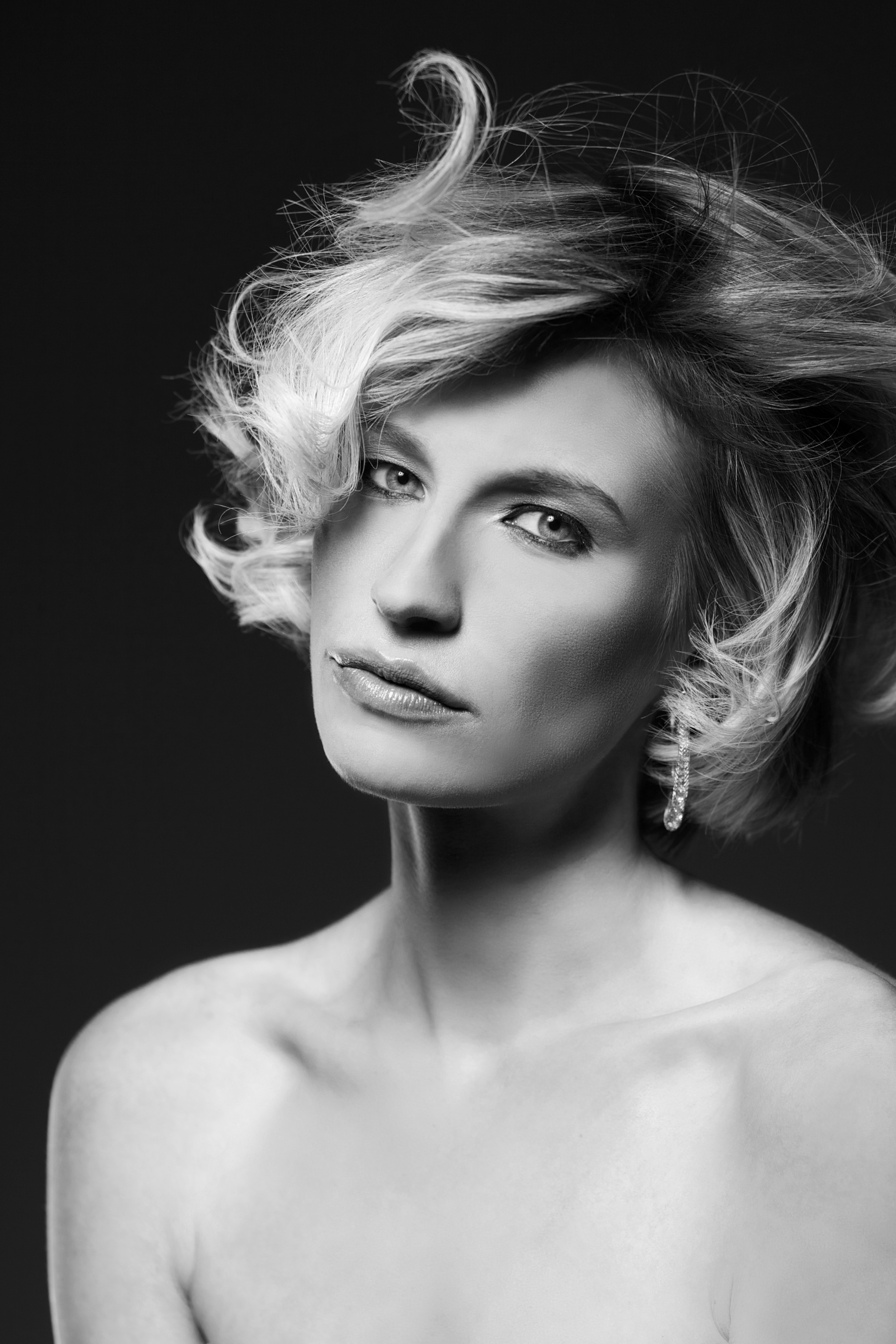 Modefotograf Fotoshooting Fashionshooting, Beautyshooting, Fashionfotots und Breautyfotos in Landshut und München Gutschein für Frauen