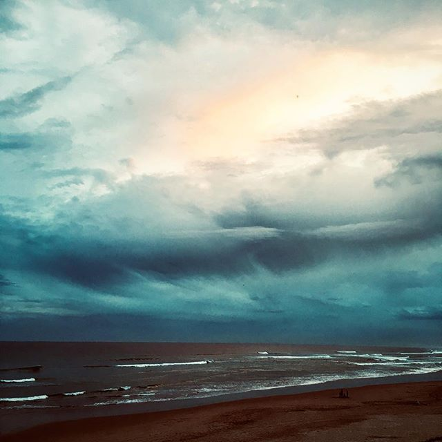 Calm before the storm... #silentmoment #seriousdeliria