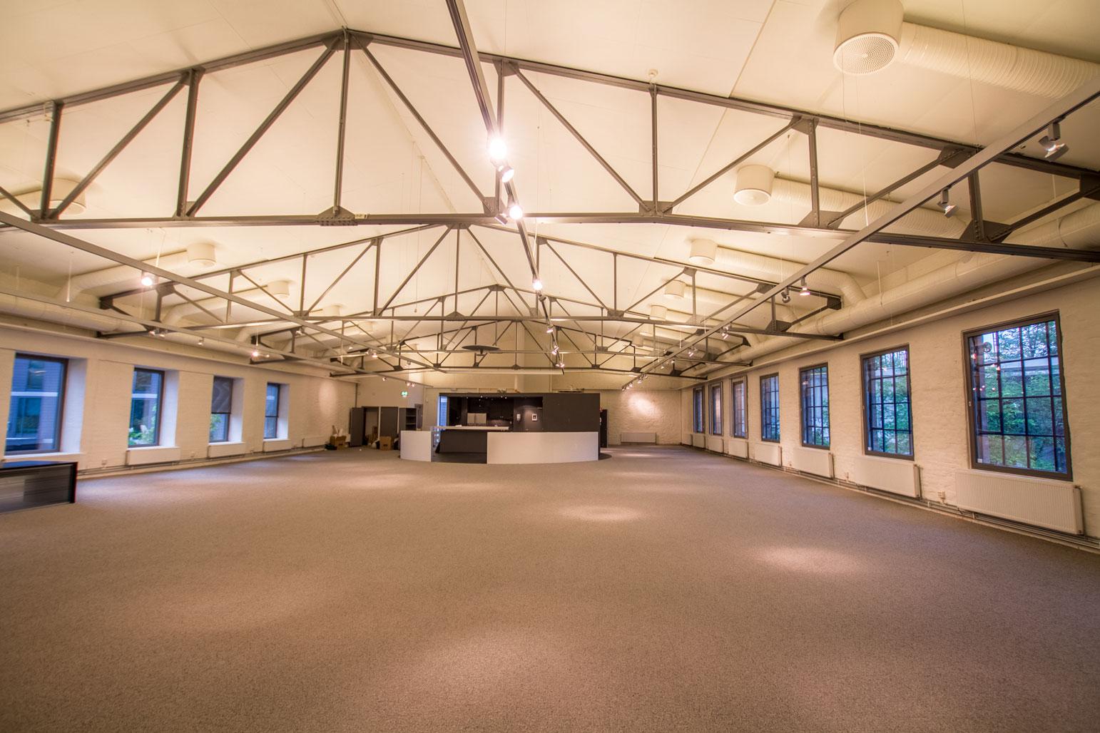 Kontorrama takker Bomullsfabrikken for 11 gode år.Historien fortsetter i Timms Reperbane.  Velkommen!
