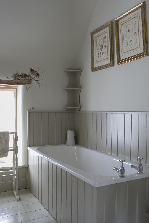 Bathroom with quail