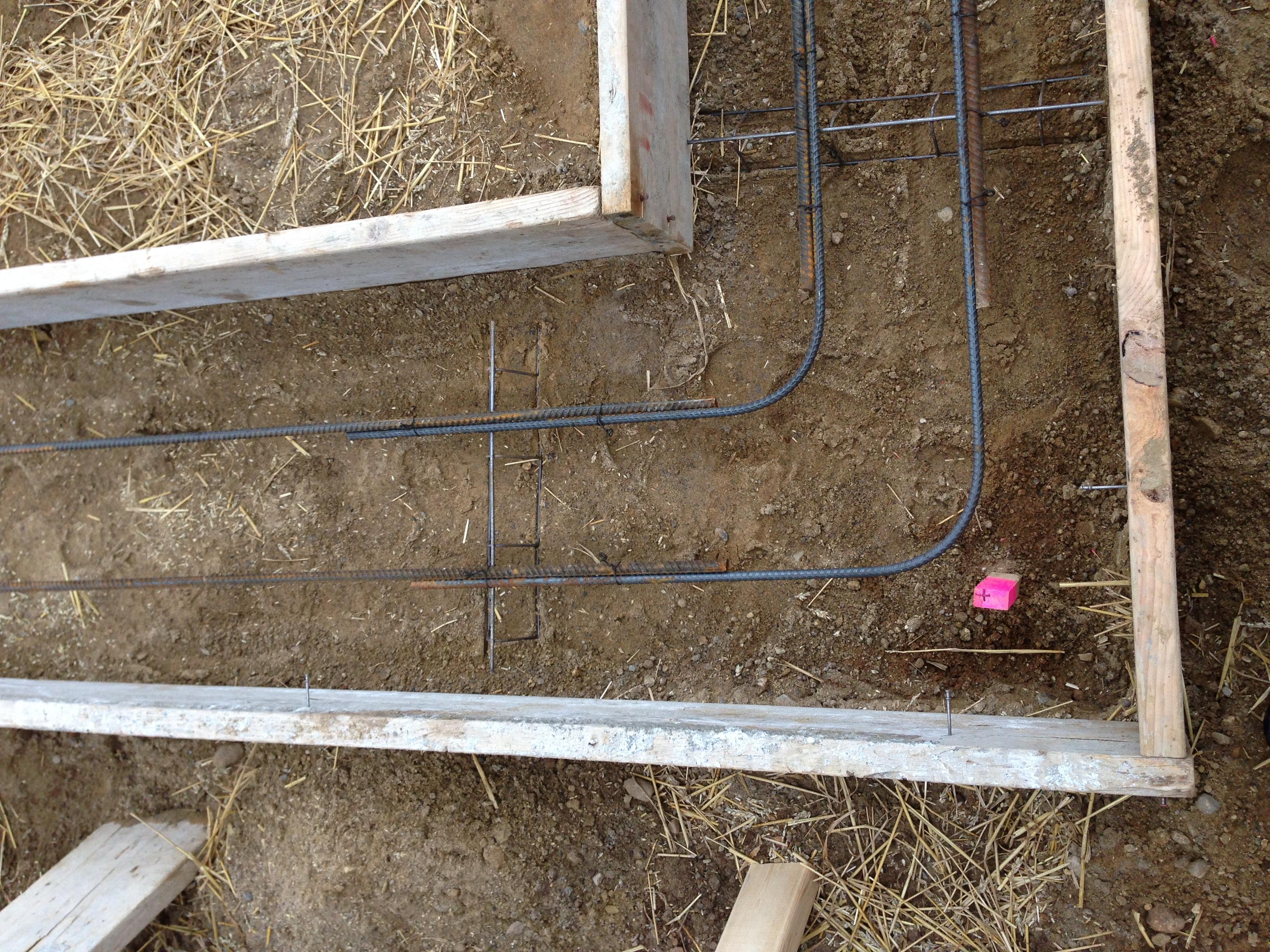 5603 Mesa_Basement footing rebar.jpg