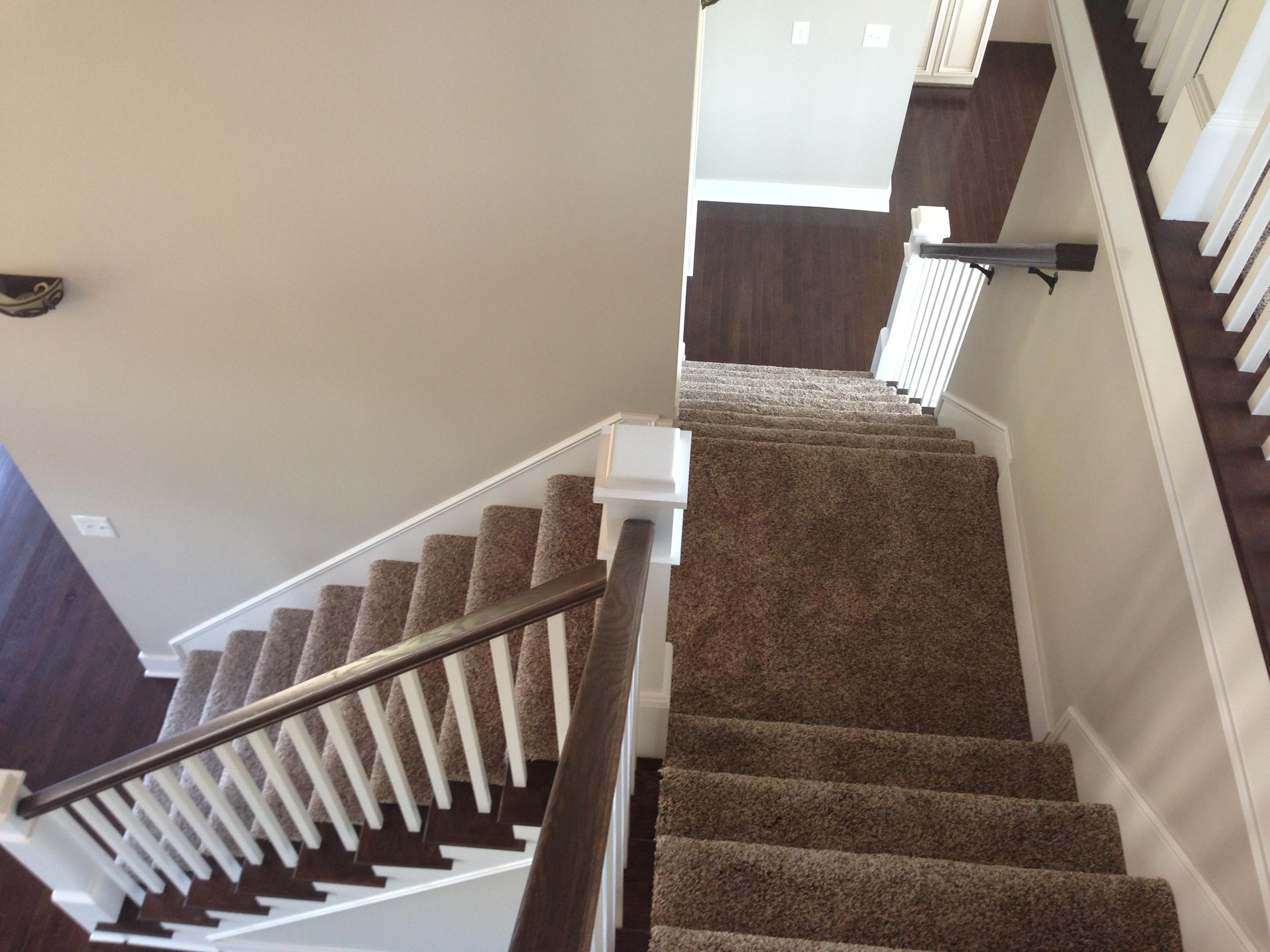 MLS.5603 Mesa Stairwell.17.JPG