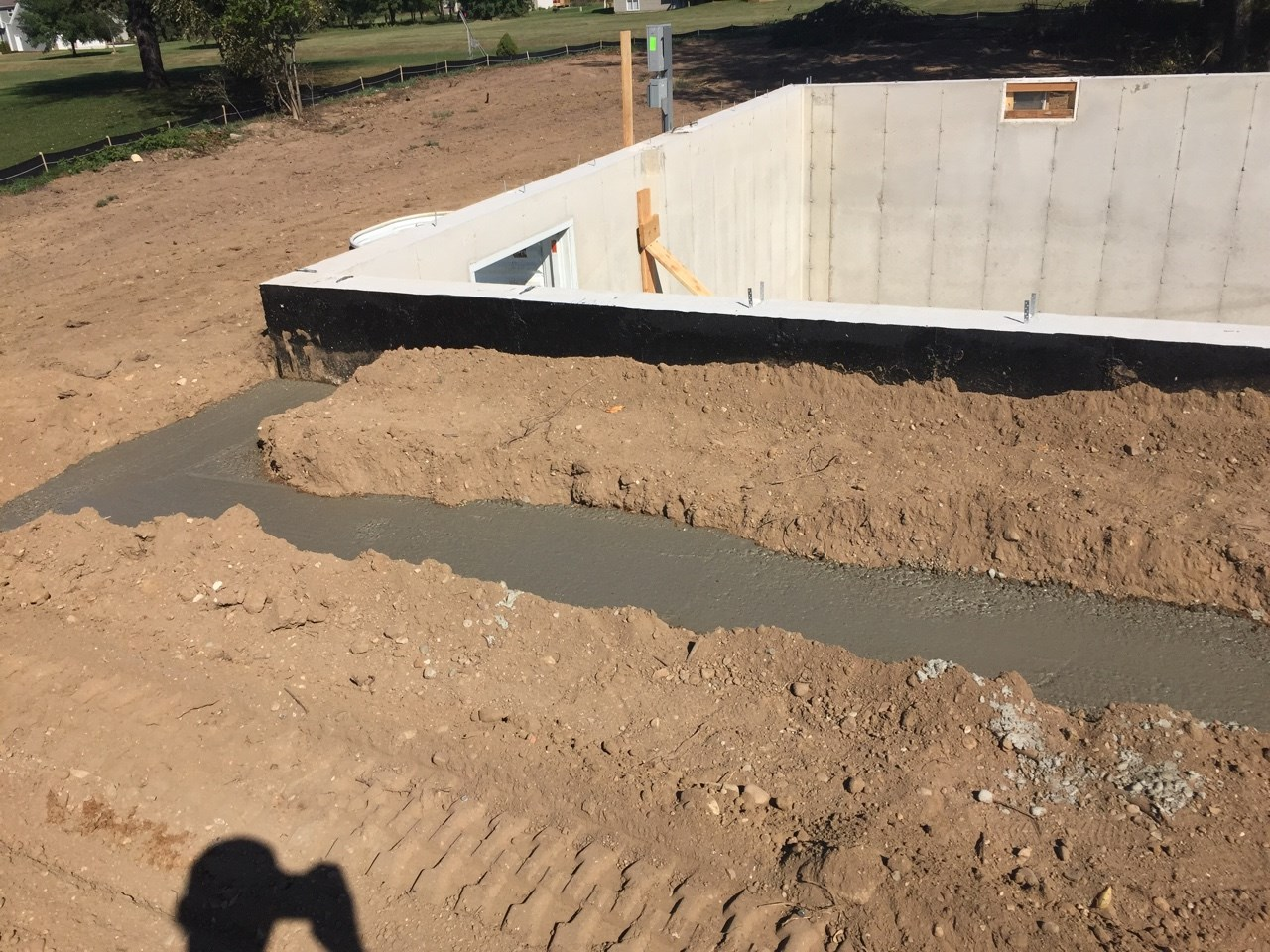 7451 Olympic Front porch footings.jpg