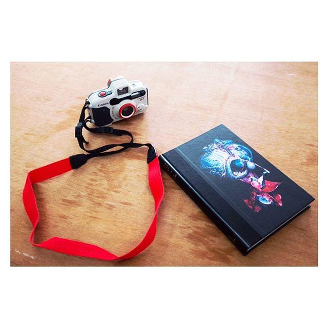"""From the theory to the book"" || Workshop with Valentina Abenavoli at Pathshala #chobimela #cmx #workshop #impression #photobook #howtodo #self #creative #photofestival"