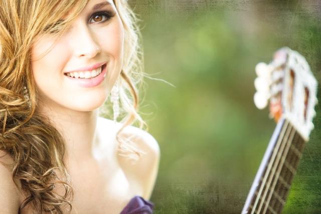 Chloe Murphy (guitar)