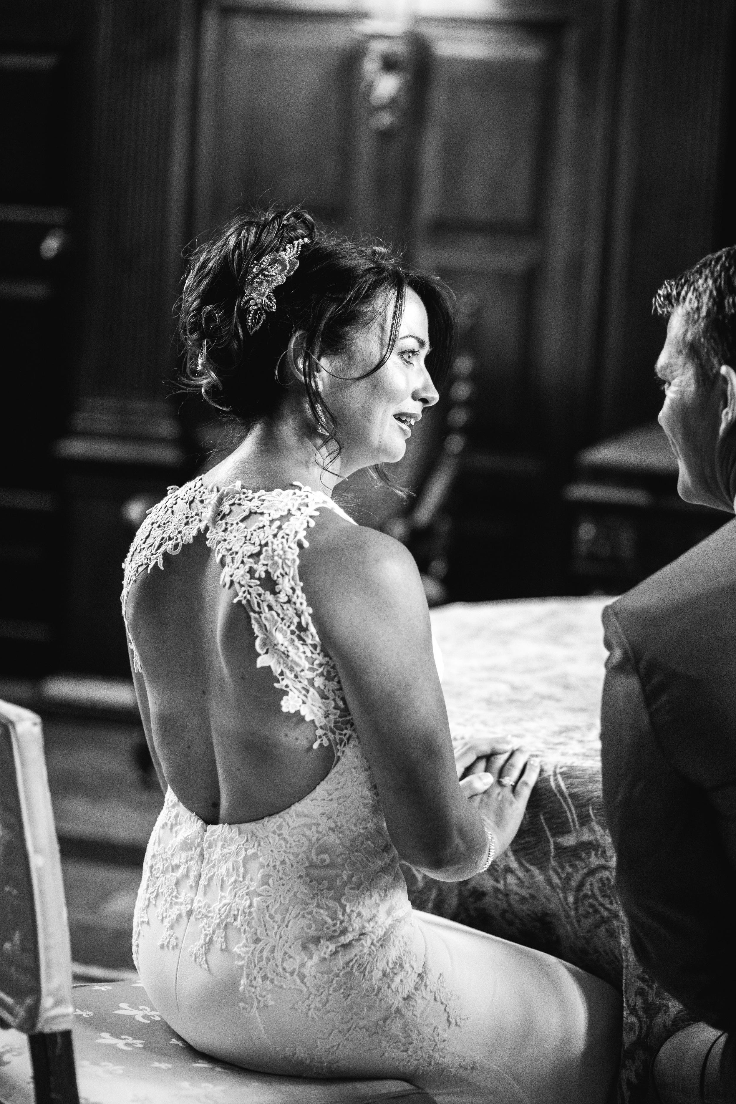 20-lucy james loseley park wedding photography laura mott-019.jpg