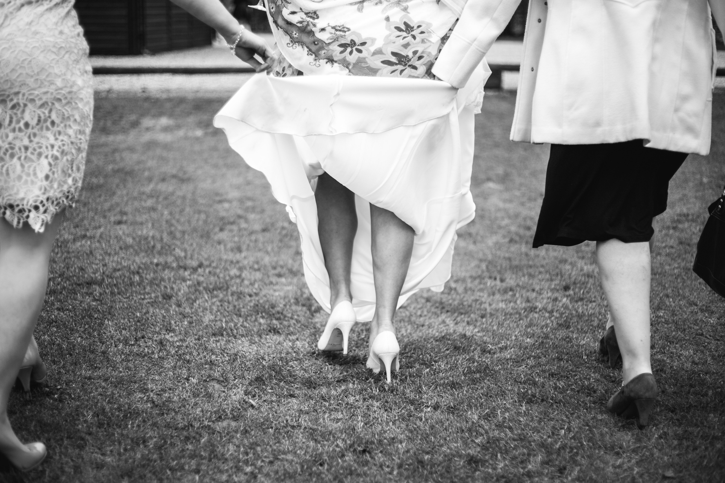 28-lucy james loseley park wedding photography laura mott-027.jpg