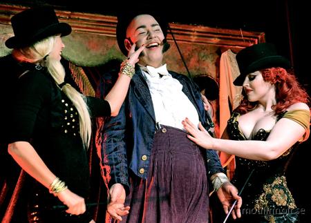RAW comedy club / Moulin Noir