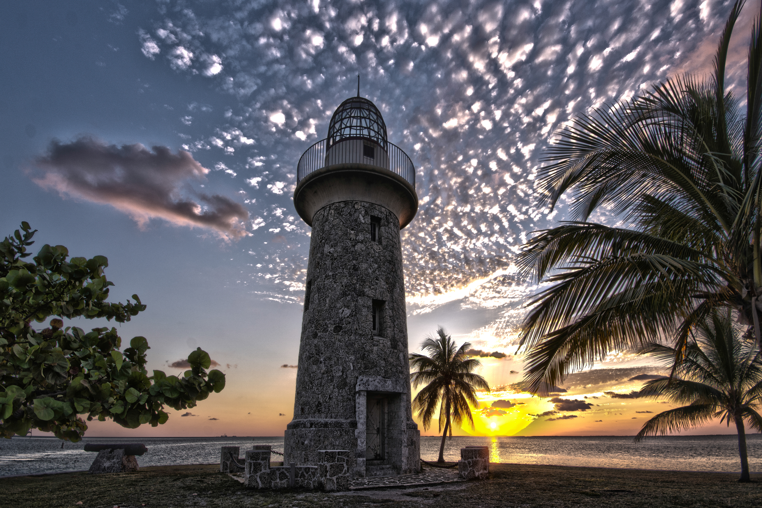 Boca Chita Lighthouse HDR-3.jpg