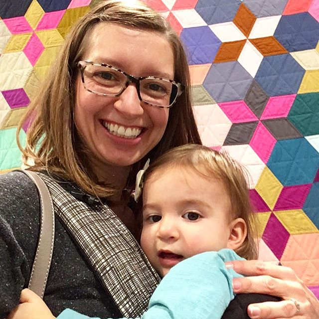 Lily and I spent the morning exploring #quiltcon2019. Swipe to see some of our favorite quilts from the exhibit! #QuiltCon @themqg #modernquiltguild #nashville #quilts #modernquilts #handmade