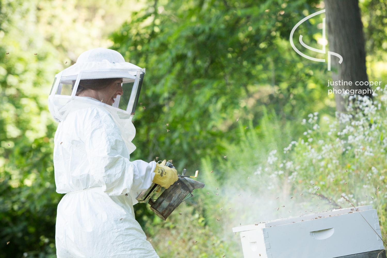 mom-beekeeper