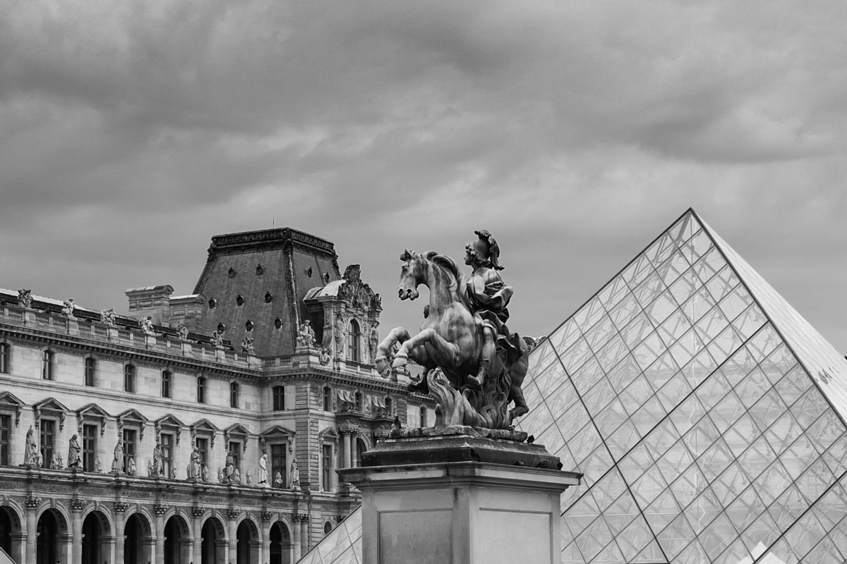 paris-le-louvre-musee-museum-william-bichara-photographer-studies-personal-work-19.jpg