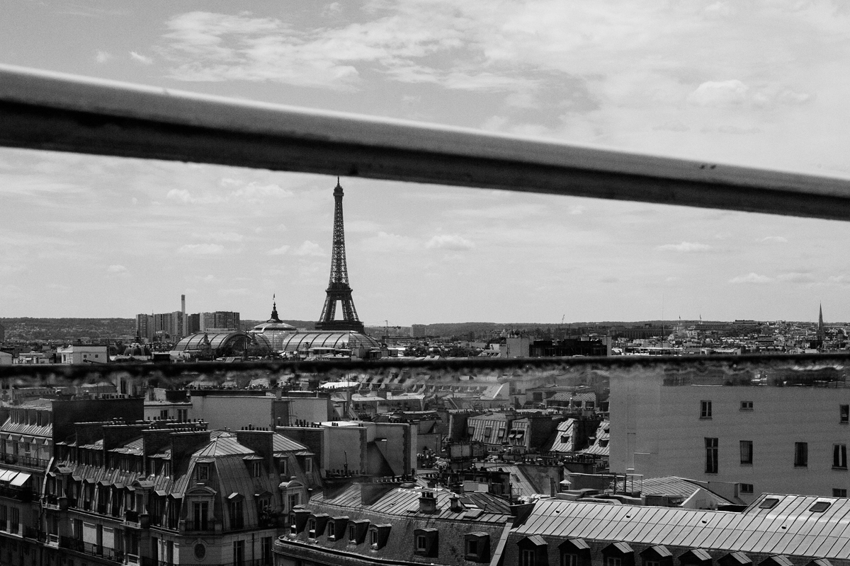 paris-tour-d'eiffel-tower-william-bichara-photographer-studies-personal-work-2.jpg