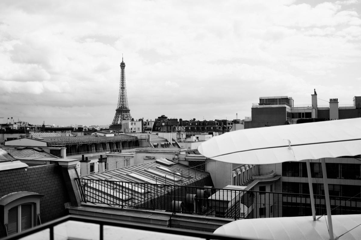paris-tour-d'eiffel-tower-william-bichara-photographer-studies-personal-work-4.jpg