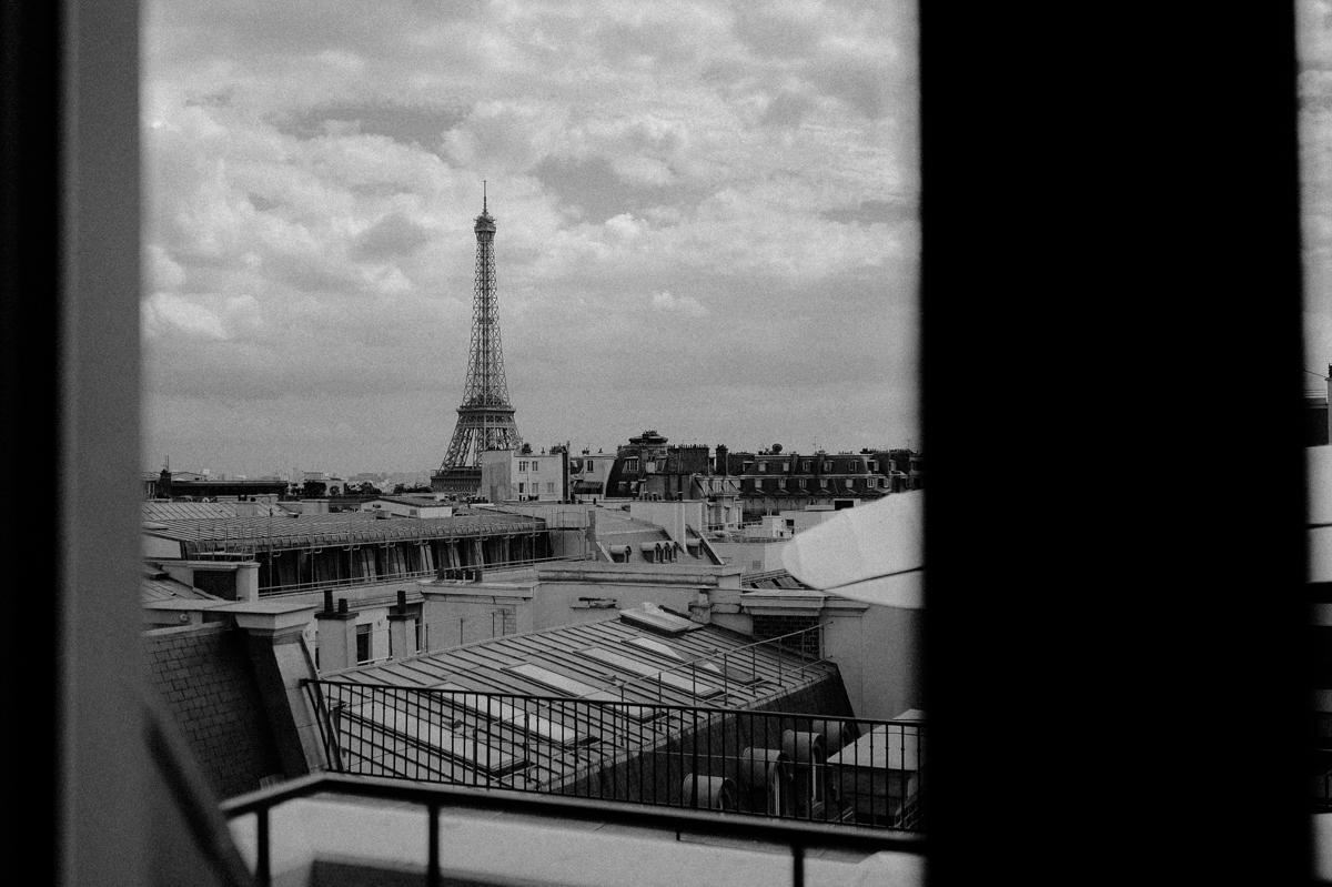paris-tour-d'eiffel-tower-william-bichara-photographer-studies-personal-work-5.jpg