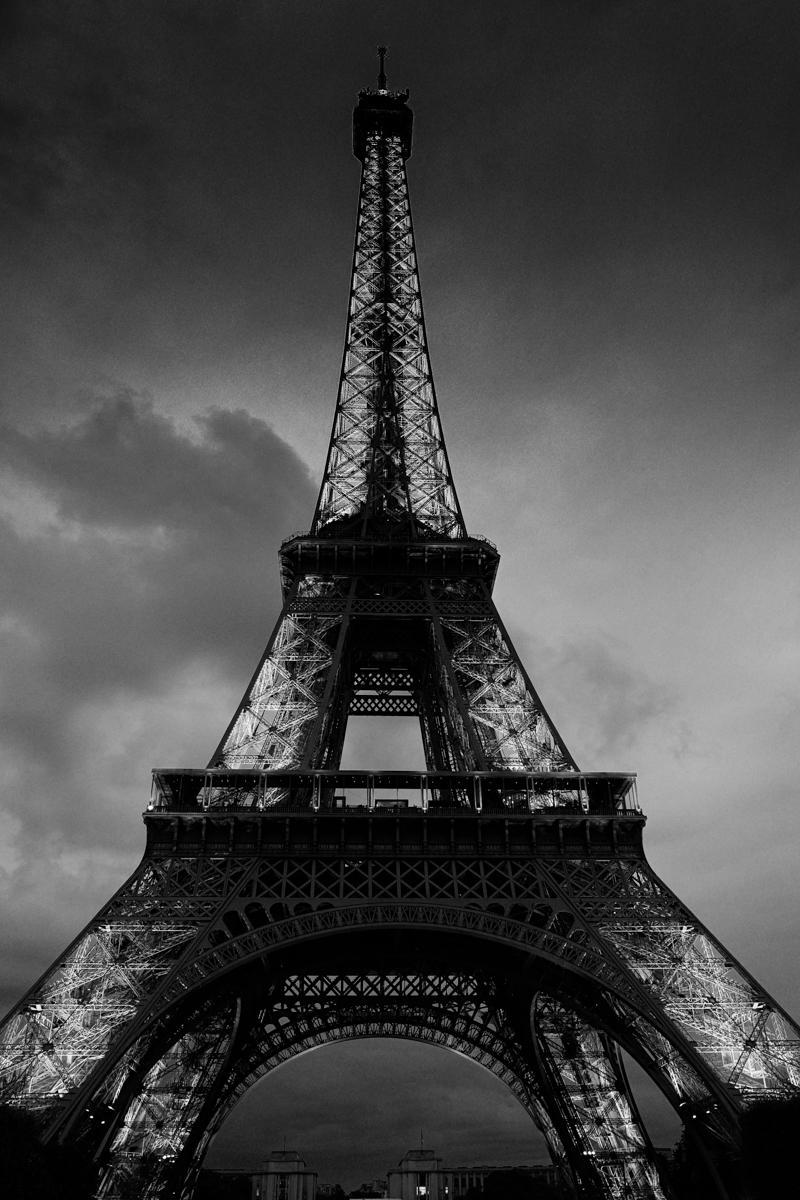 paris-tour-d'eiffel-tower-william-bichara-photographer-studies-personal-work-16.jpg
