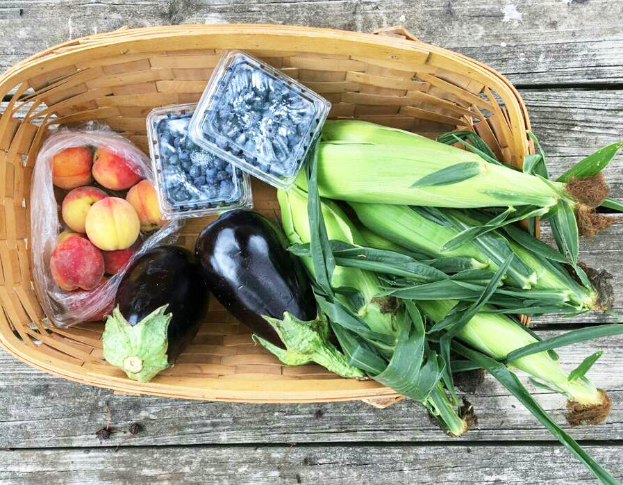 A HALF share from August 2019.  (2 pints blueberries, 1 quarts peaches, 4 ears corns, 2 eggplant)
