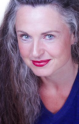 Jennifer Steil