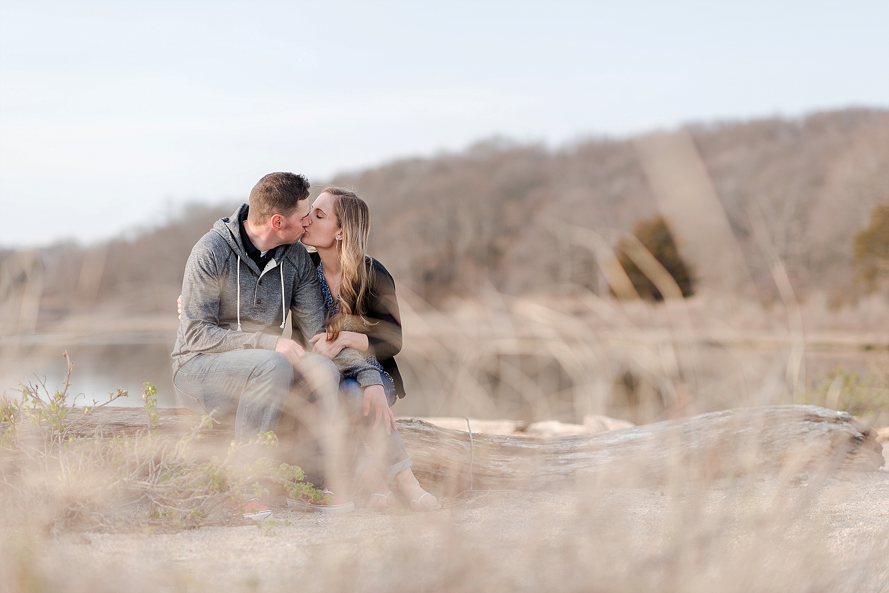 Connecticut Bluff Point Engagement Session_0007.jpg