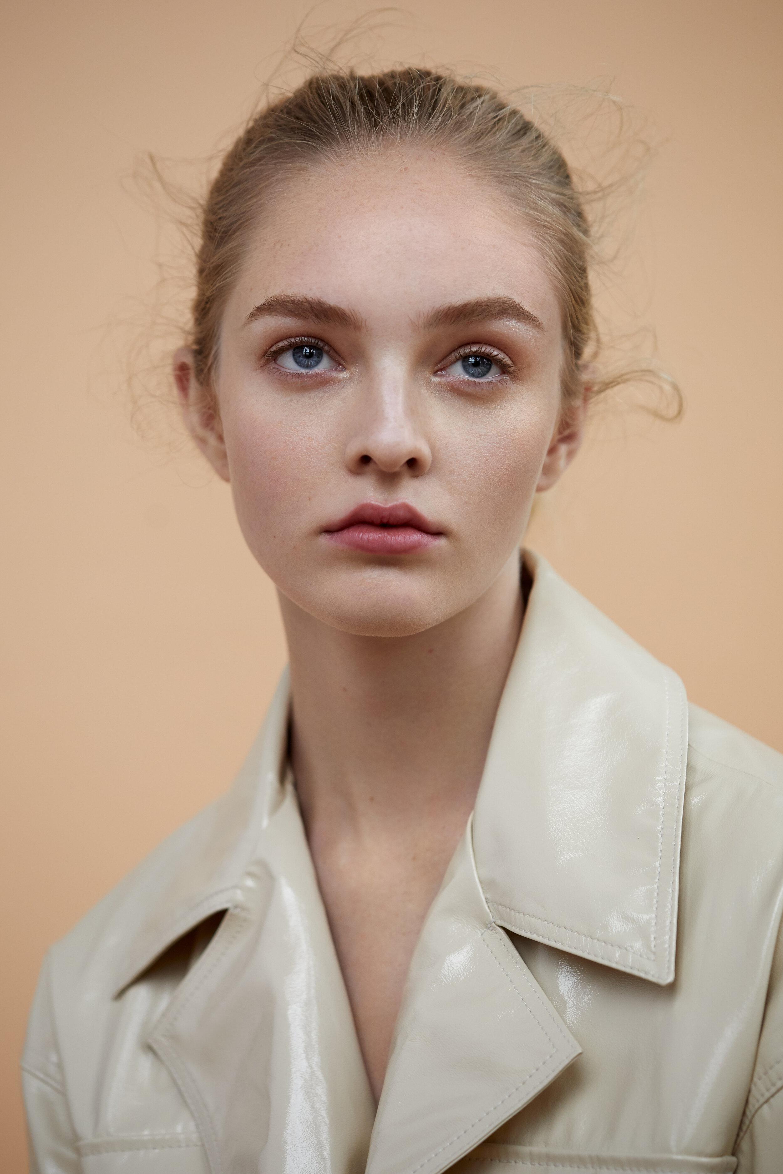 Olivia_Hamilton_New_York_Models_Mikaela_Gauer_Alina_Friesen_Justine_Sweetman.jpg