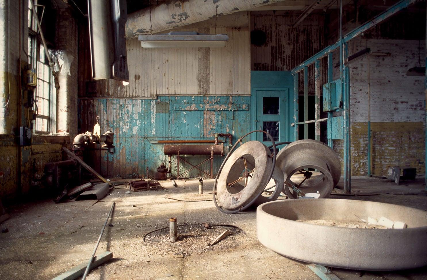 Wash basins near the silver work benches. Summer 1997.