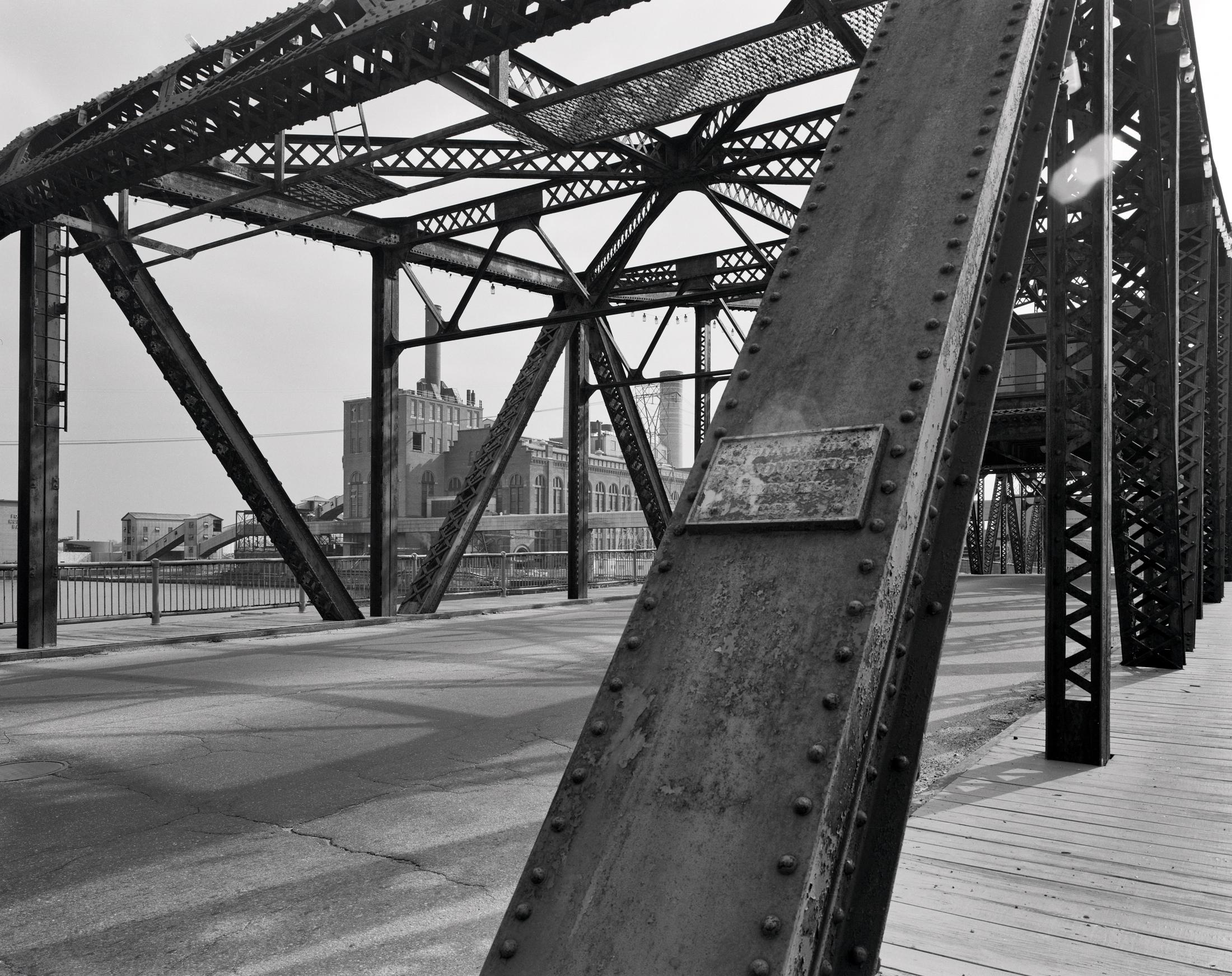 1992_45_FP4_pointSt_Bridge 001