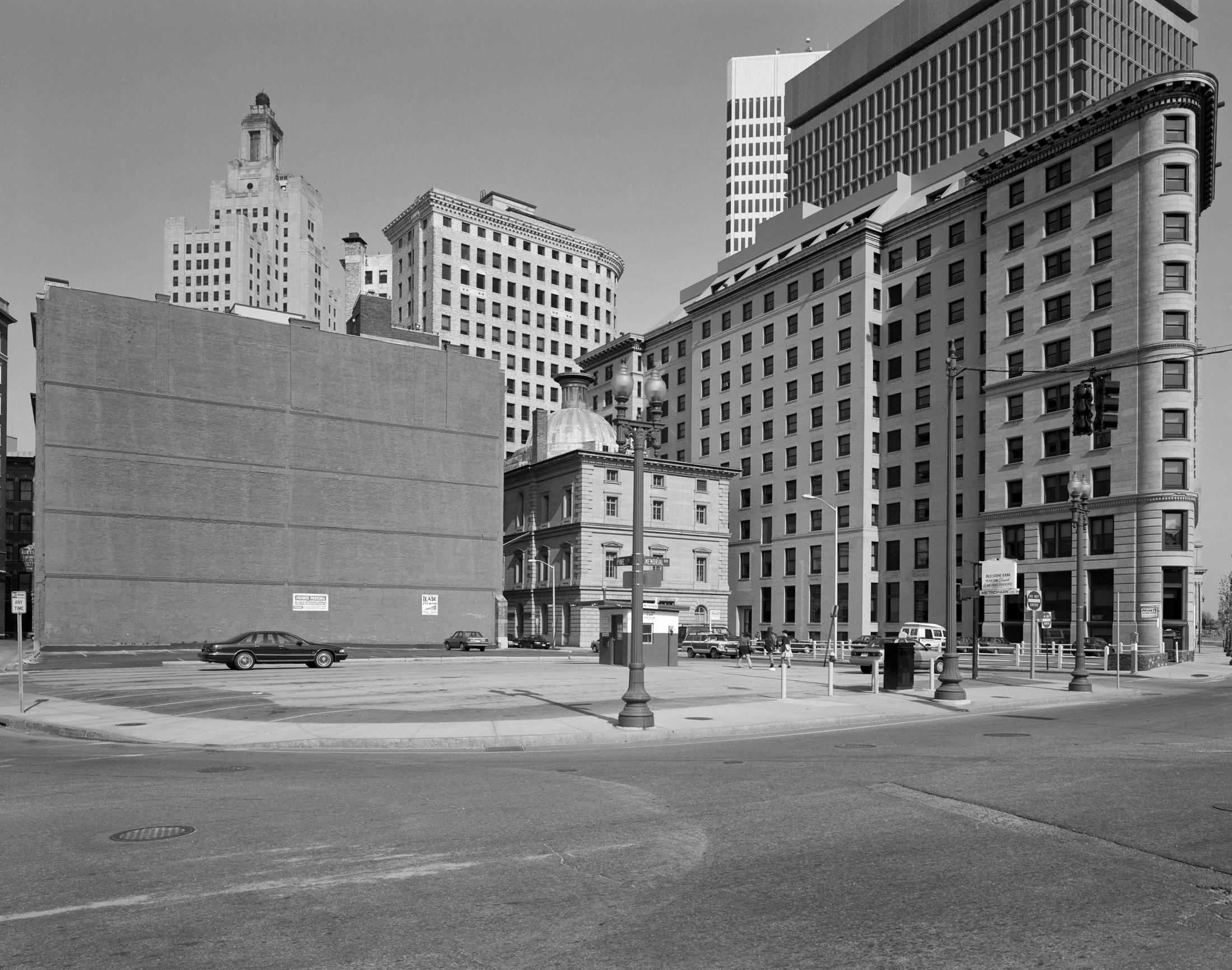 1994_45_TriX_downtown 001