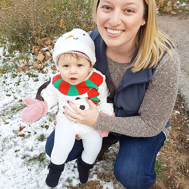 If she is a snowgirl, then we are the snow that made her. ❄️☃️❄️ 😉 Happy Halloween y'all! 🍁🍂🎃🍂🍁 . . . . . . . . . . . #babysfirsthalloween #babycostume #babysnowman #snowgirl #babygirl #fallintheupperpeninsula #906life #yoopergirl #yooperchild #winterbaby